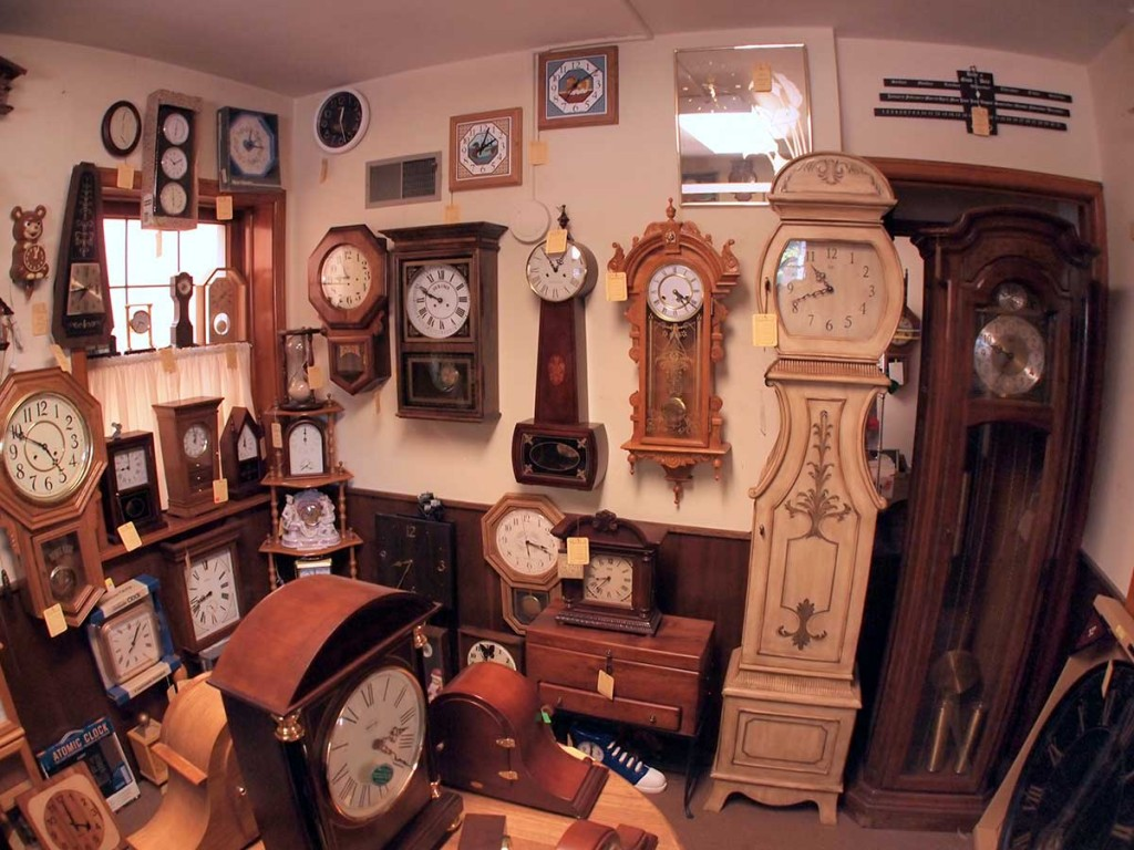Homestead Clocks and Accents Clock Sales